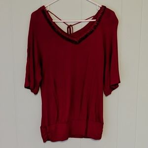 ana Red w/ Beading 3/4 Length Top SZ M